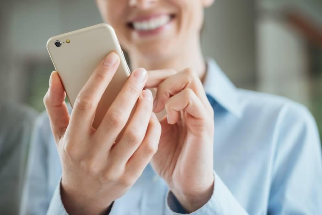 Cele mai bune 4 practici în campaniile de marketing prin SMS