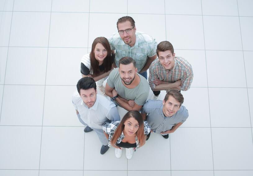 Grup țintă selectat în funcție de criterii socio-demografice