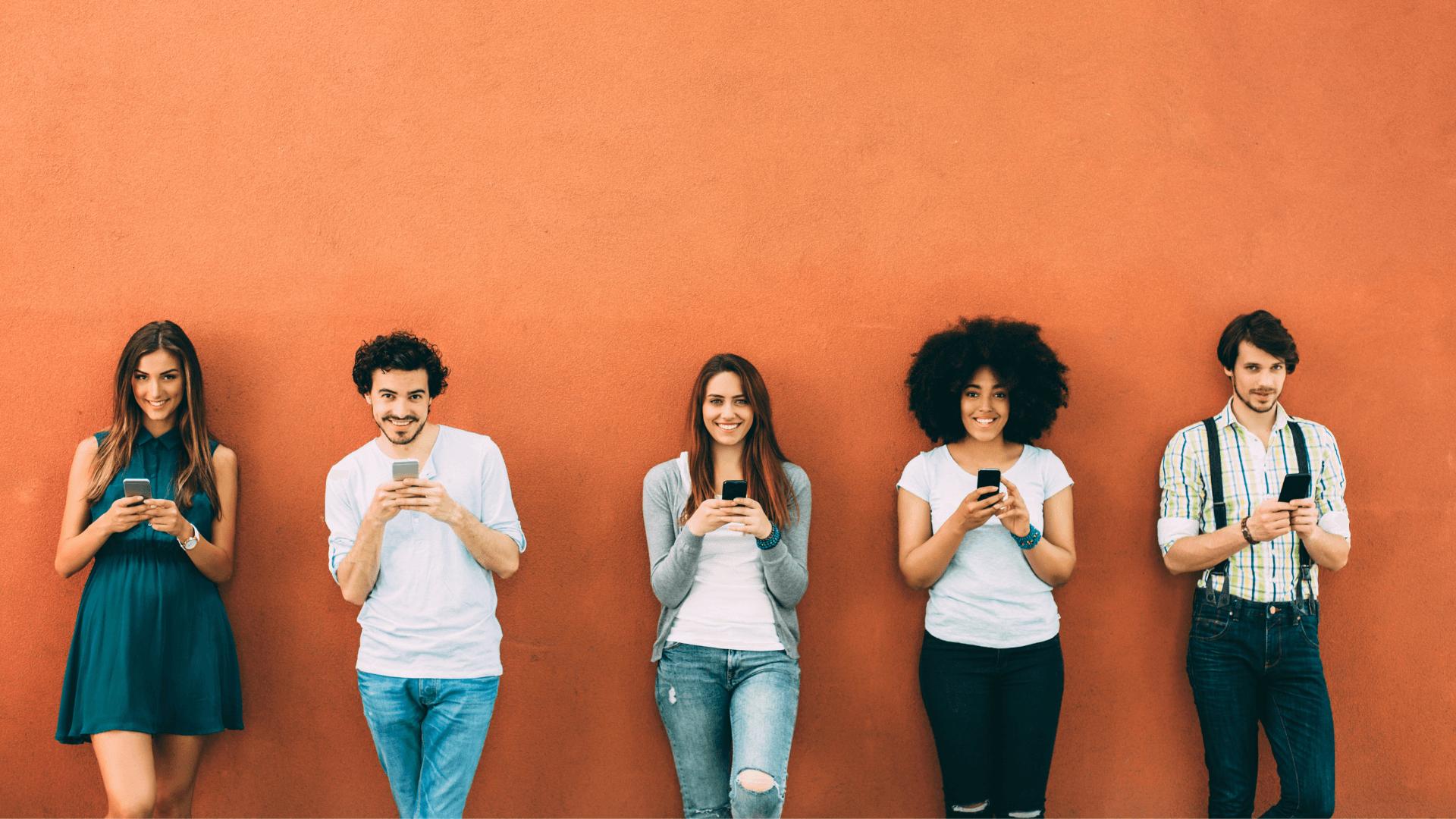 Utilizatori care primesc mesaje promoționale prin intermediul campaniilor de marketing prin SMS